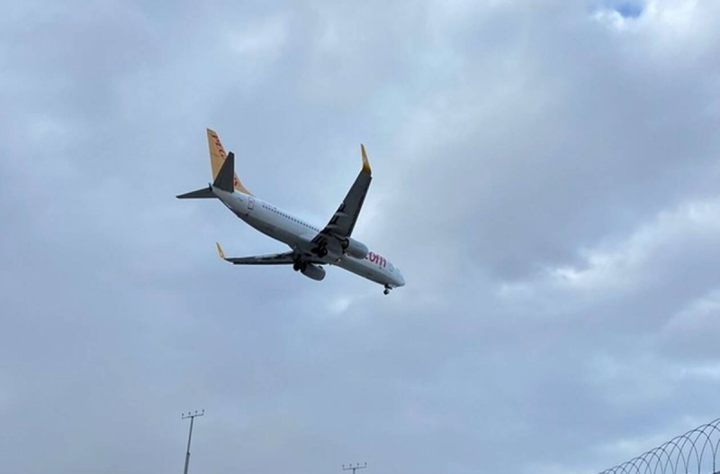 Συναγερμός σε αεροπλάνο στην Άγκυρα για πιθανό κρούσμα κορωναϊού!