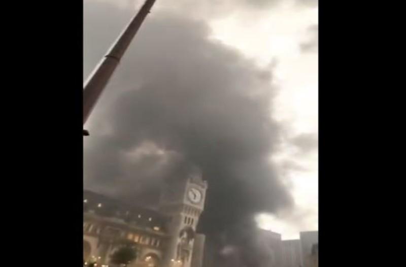 Πυρκαγιά στο Παρίσι - Εκκενώνεται σιδηροδρομικός σταθμός