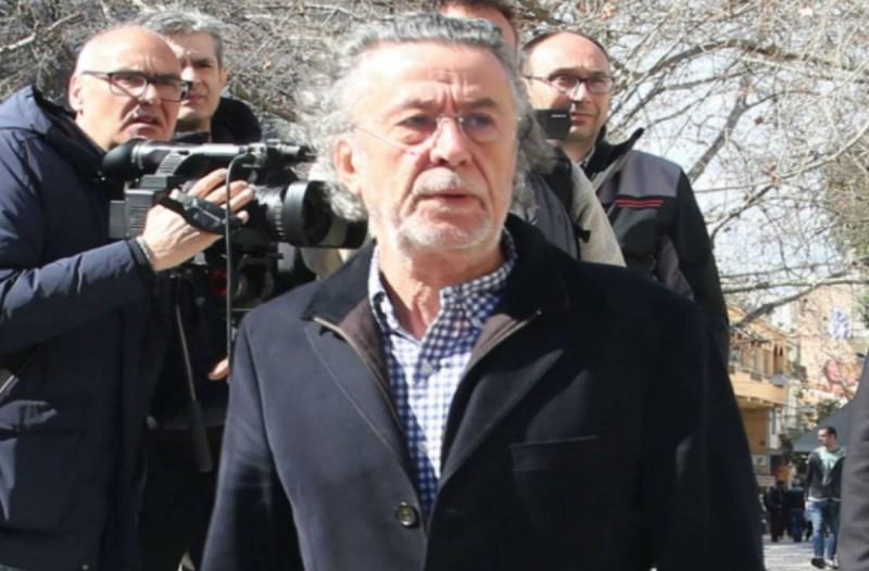 Ράκος ο Μάκης Τριανταφυλλόπουλος: Καταβεβλημένος στο λαϊκό προσκύνημα του Βουτσά