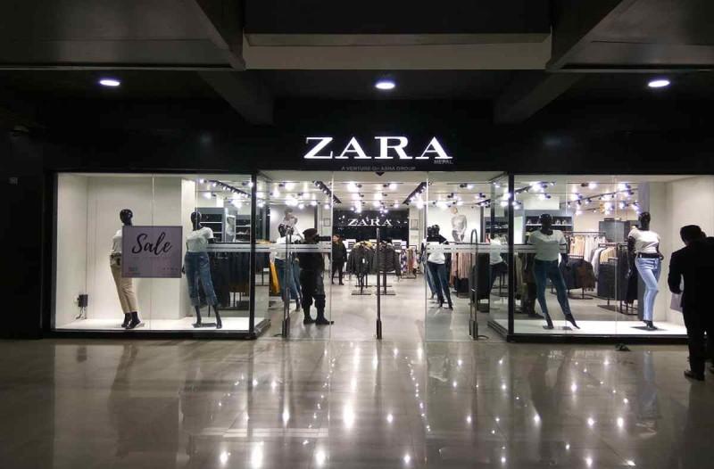 ZARA: Σου βρήκαμε την ιδανική τσάντα στο πιο αγαπημένο χρώμα για να έχεις όλα όσα χρειάζεσαι μαζί σου