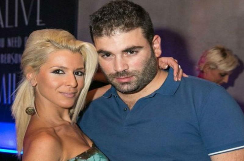 Παντελής Παντελίδης: Αγνώριστη η γυναίκα σταθμός της ζωής του - Δείτε πως είναι τώρα το πρόσωπό της