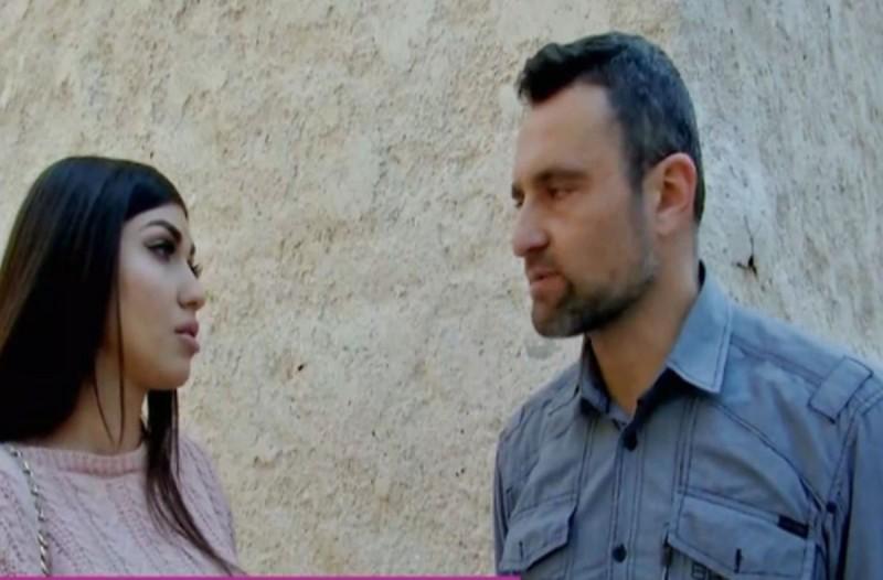 Διλήμματα: Χώρισε με τον εραστή της, τώρα την απειλεί ότι αν δεν τα ξαναβρούν θα τα πει όλα στον άντρα της