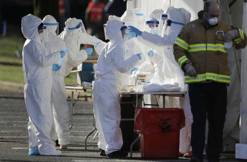 Κορωνοϊός ΗΠΑ: 285 θάνατοι το τελευταίο 24ωρο