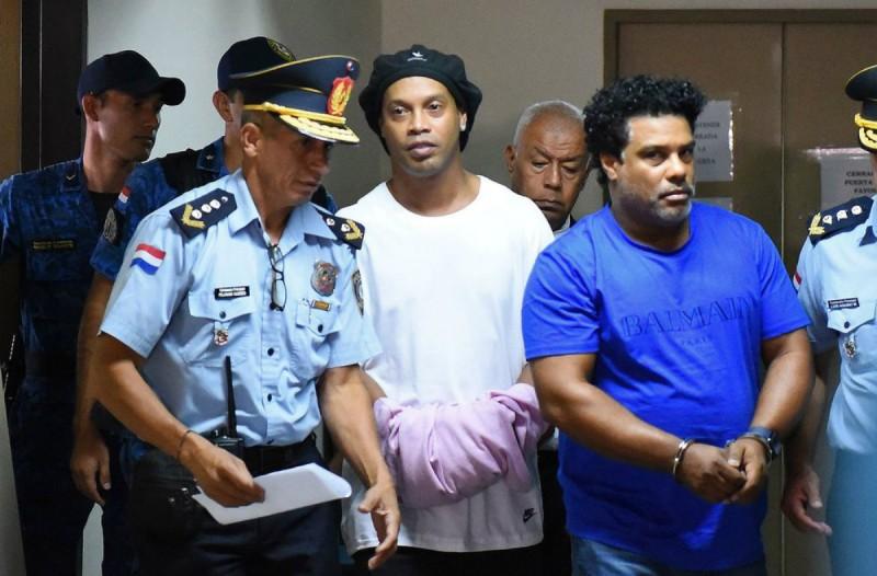 Στις φυλακές της Παραγουάης ο θρυλικός Ροναλντίνιο! Δείτε την πρώτη φωτογραφία από το κελί του!