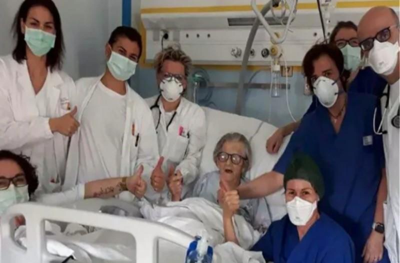 95χρονη θεραπεύτηκε από τον κορωνοϊό και στέλνει το δικό της μήνυμα -