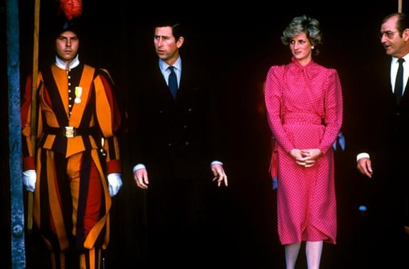 Κλώνος της πριγκίπισσας Νταϊάνα - Ποια προσπαθεί να της μοιάσει;