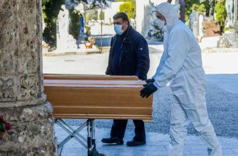 Κορωνοϊός: Ούτε σε πόλεμο δεν θα είχε πάνω από 3.400 νεκρούς η Ιταλία - Ξεπέρασε και τη Κίνα