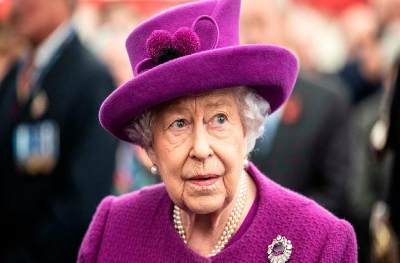 Κορωνοϊός: Έριξε «πόρτα» στο νέο αυτοκρατορικό ζευγάρι της Ιαπωνίας η Βασίλισσα Ελισάβετ λόγω του φονικού ιού!
