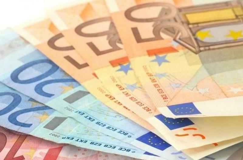 Ανατροπή στα έκτακτα μέτρα με το επίδομα των 800 ευρώ (Video)