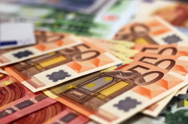 Πότε θα δοθεί το δώρο Πάσχα - Ποιοι δικαιούνται το επίδομα των 800 ευρώ; Αναλυτικά όλα τα μέτρα της Κυβέρνησης (Video)