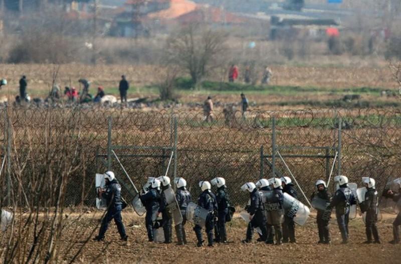 Δριμύ κατηγορώ από το Spiegel: «Η Τουρκία ανάγκασε τους μετανάστες να πάνε στα σύνορα»!