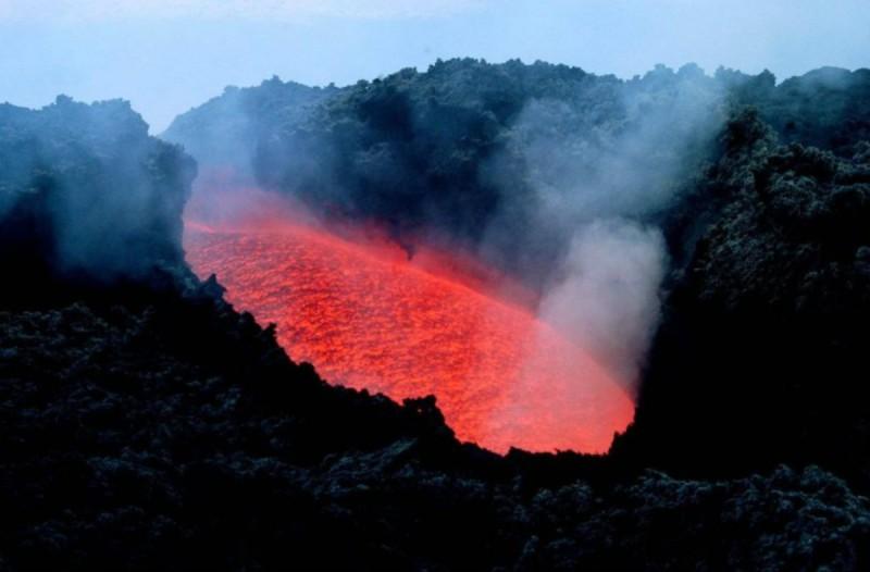 Συναγερμός: Κίνδυνος να ενεργοποιηθεί το ηφαίστειο της Σαντορίνης - Άμεση δράση με το σχέδιο «Τάλως»