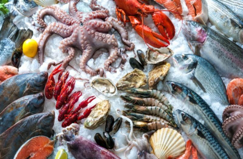 Καμπανάκι στο σαρακοστιανό τραπέζι: Όλα όσα πρέπει να προσέχετε στα θαλασσινά!