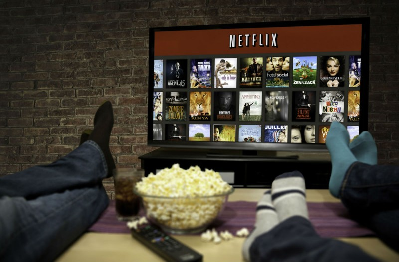 #Μένουμε_σπίτι και βλέπουμε τις καλύτερες σειρές και ταινίες που κυκλοφορούν στο Netflix!