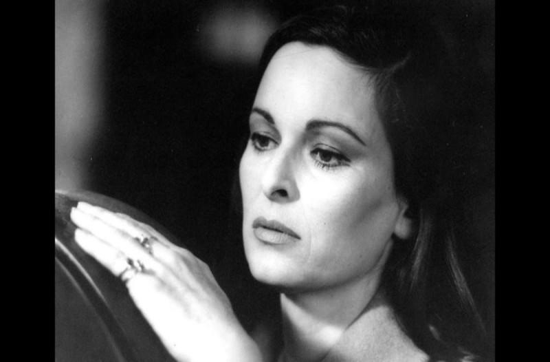 Κορωνοϊός - Πέθανε η ηθοποιός Λουτσία Μποζέ