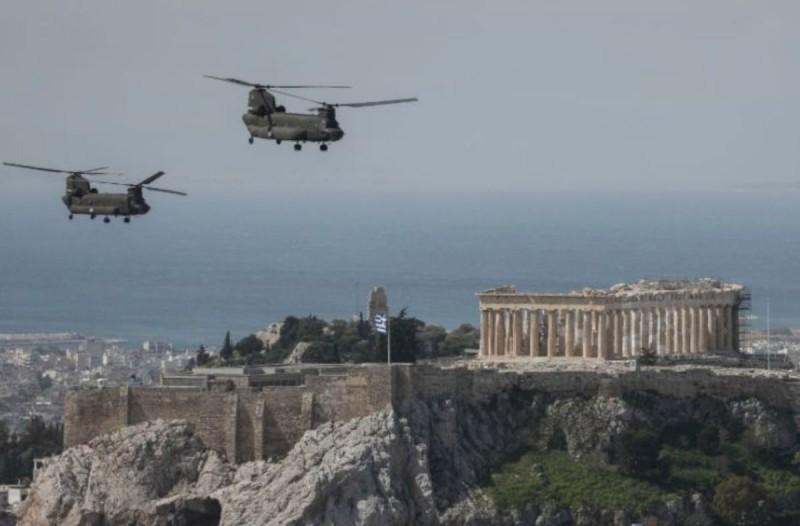 «Η Ελλάδα πάντα έβγαινε πιο δυνατή» - Το συγκινητικό μήνυμα πιλότου της ομάδας «Ζευς» για την 25η Μαρτίου (Video)