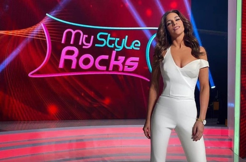 My Style Rocks: Η Έλενα Χριστοπούλου έμεινε ξυπόλυτη στο πλατό