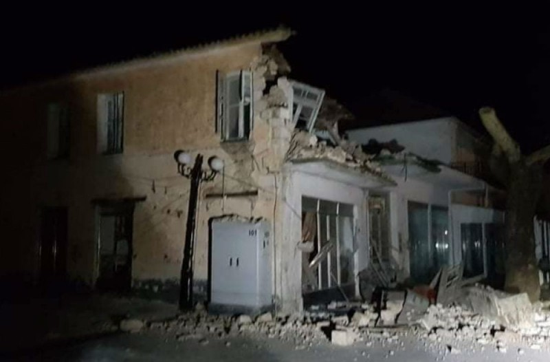 Διπλή ισχυρή σεισμική δόνηση στην Πάργα - Κατέρρευσαν 3 σπίτια - Διακοπή ρεύματος σε όλη την περιοχή (photo-video)