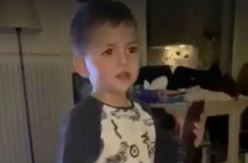Ο μικρός «Σπύρος Παπαδόπουλος» μας συμβουλεύει για τον κορωνοϊό (Video)