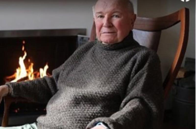 Κορωνοϊός: Πέθανε ο βραβευμένος θεατρικός συγγραφέας, Τέρενς ΜακΝάλι