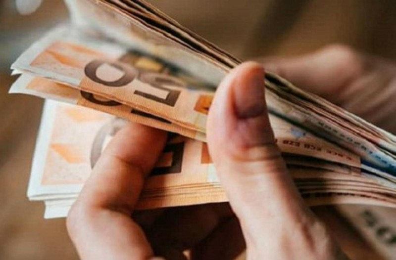 Επίδομα 800 ευρώ: Πριν το Πάσχα η καταβολή - Τι ισχύει για όσους δεν πρόλαβαν να κάνουν την αίτηση;