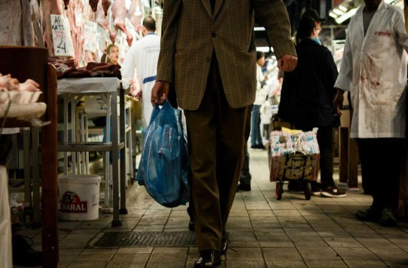 Εορταστικό ωράριο: Πώς θα λειτουργήσουν καταστήματα και σούπερ μάρκετ