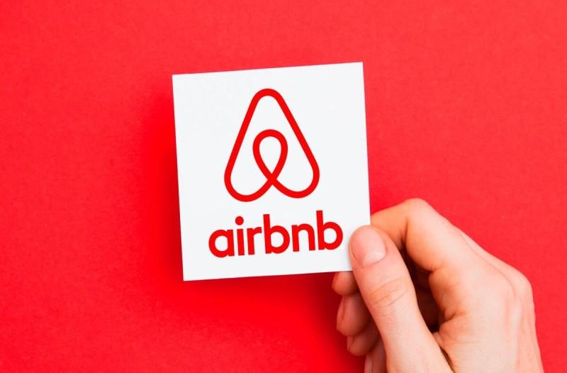 Airbnb: Βαριά πρόστιμα σε ιδιοκτήτες!