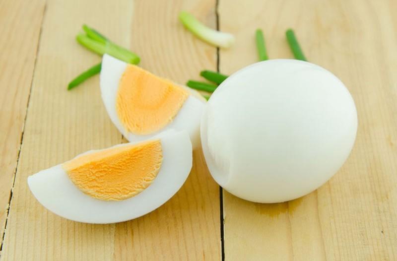 Κάνει θαύματα: Ποιον κίνδυνο μειώνει ένα αυγό την ημέρα;