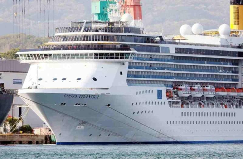 Κορωνοϊός - συναγερμός στην Ιαπωνία: Βρέθηκαν 90 κρούσματα σε ιταλικό κρουαζιερόπλοιο