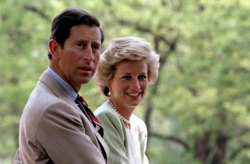 Σάλος με την πριγκίπισσα Νταϊάνα: Είχε σχέση με πολλούς άντρες ταυτόχρονα