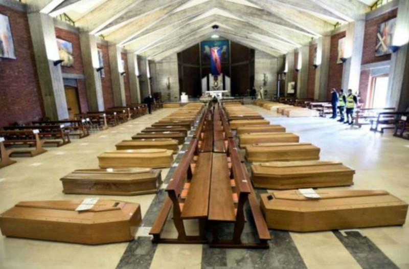 Κορωνοϊός: 950 νεκροί μέσα σε ένα 24ωρο - Δραματικό ρεκόρ στην Ισπανία