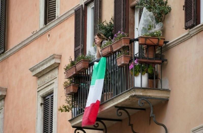 Κορωνοϊός - Ιταλία: Παράταση παίρνουν τα μέτρα προστασίας