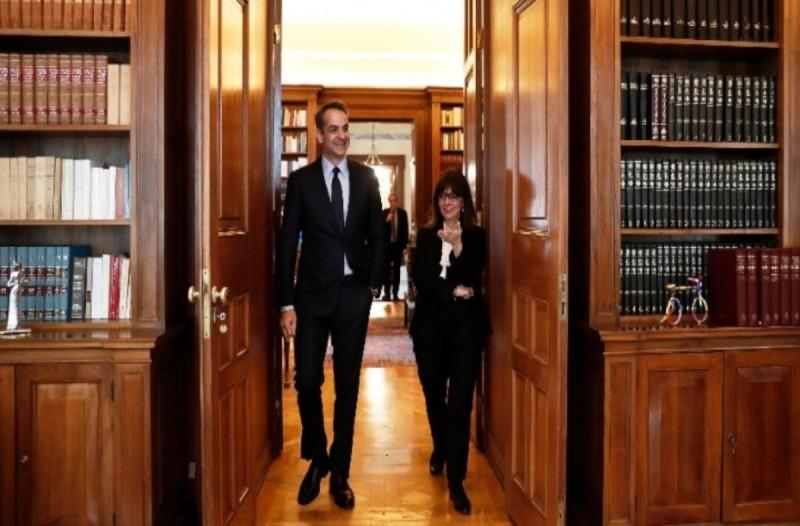 «Αυτό είναι τώρα το στοίχημα» - Όλα τα θέματα που συζήτησε ο Κυριάκος Μητσοτάκης με την Πρόεδρο της Δημοκρατίας