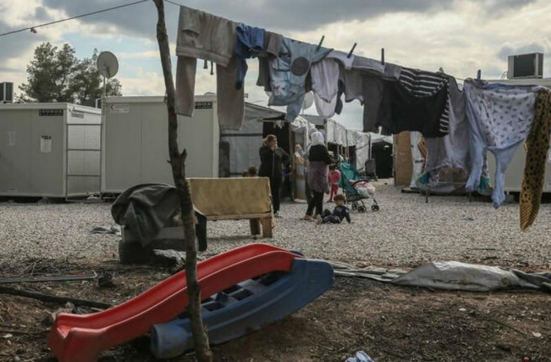Συναγερμός στη Ριτσώνα: Εντοπίστηκαν 20 κρούσματα κορωνοϊού - Σε καραντίνα η δομή φιλοξενίας μεταναστών (Video)