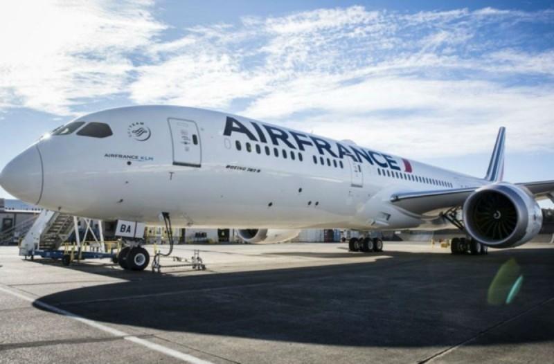 Χαμός με την Αir France: Ξεκινά πτήσεις προς Ελλάδα