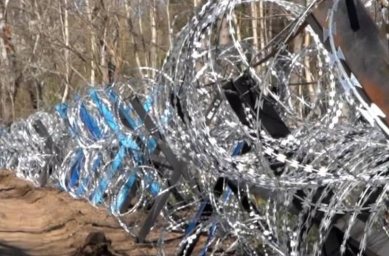 Ραγδαίες εξελίξεις στον Έβρο: Θωρακίζεται με συρματόπλεγμα και συνοριοφύλακες