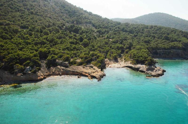 3 πανέμορφα ελληνικά νησιά που μπορείτε να επισκεφτείτε με μόνο 50 ευρώ