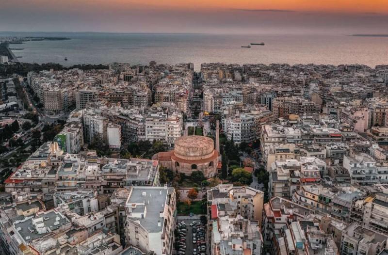 Η φωτογραφία της ημέρας: Βόλτα στη Θεσσαλονίκη
