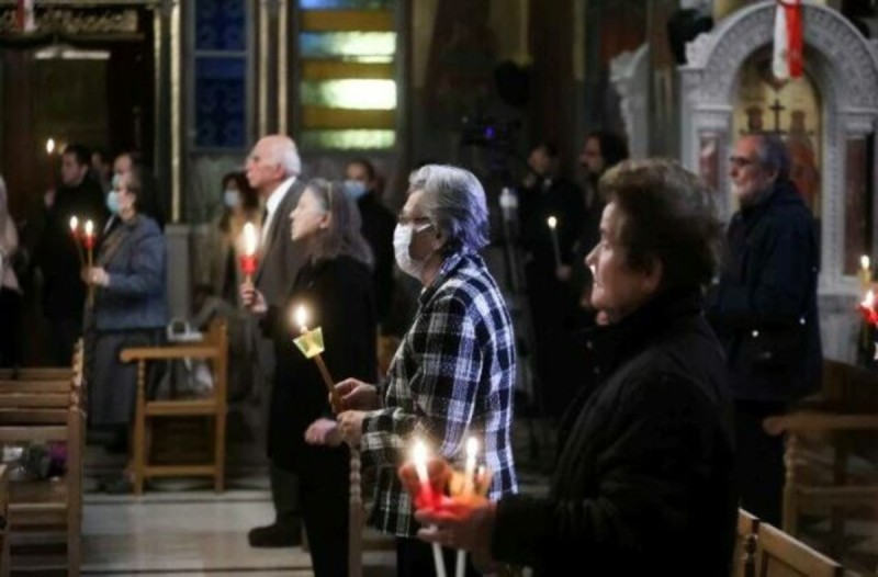 Ανάσταση: «Χριστός Ανέστη» 40 μέρες μετά... αλλά με την ίδια λάμψη (videos+photos)