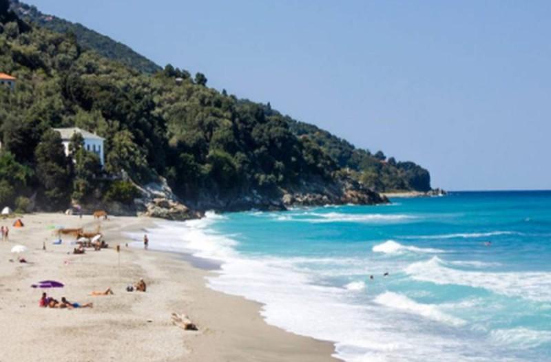 Daily Mail: Διακοπές στην Ελλάδα - Αυτές τις περιοχές αποθεώνει