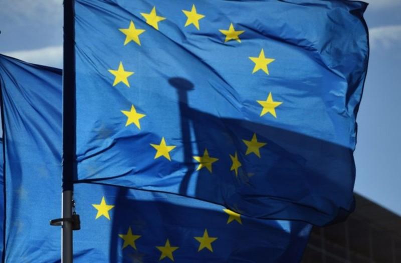 Ενίσχυση-ανάσα από την Κομισιόν: «Πακέτο» 750 δισ. στα κράτη-μέλη - Τόσα αντιστοιχούν στην Ελλάδα