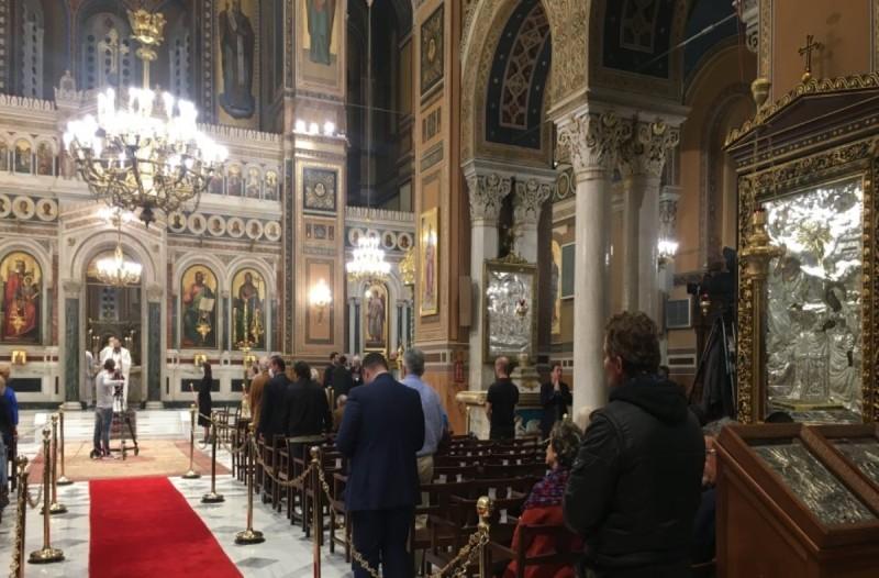 Εκκλησίες: Τελέστηκε η Ανάσταση στη Μητρόπολη Αθηνών (photos+video)