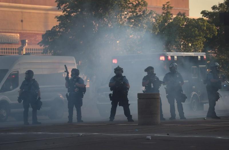 Αδιανόητο: Συνέλαβαν το συνεργείο του CNN σε ρεπορτάζ για τον Τζορτζ Φλόιντ