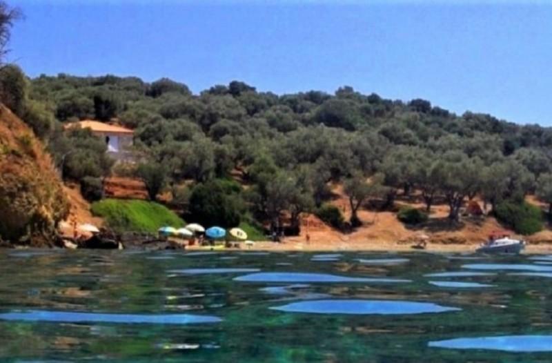 10 ευρώ αρκούν: Το νησί χωρίς αυτοκίνητα που μ' ένα δεκάρικο τη μέρα κάνεις ονειρικές διακοπές (photo-video)