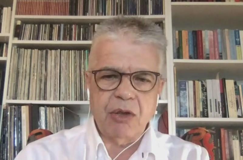 «Καμπανάκι» κινδύνου από τον λοιμωξιολόγο Χαράλαμπο Γώγο: «Τα νησιά πρέπει να ετοιμάζονται για τουρίστες με κρούσματα κορωνοϊού» (Video)