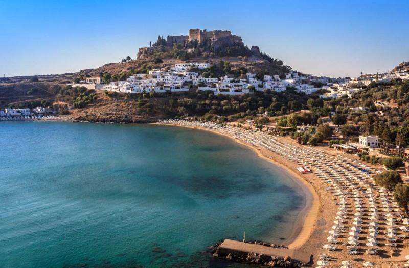 Παραδεισένιο νησί: Διακοπές τον Αύγουστο με 30 ευρώ!