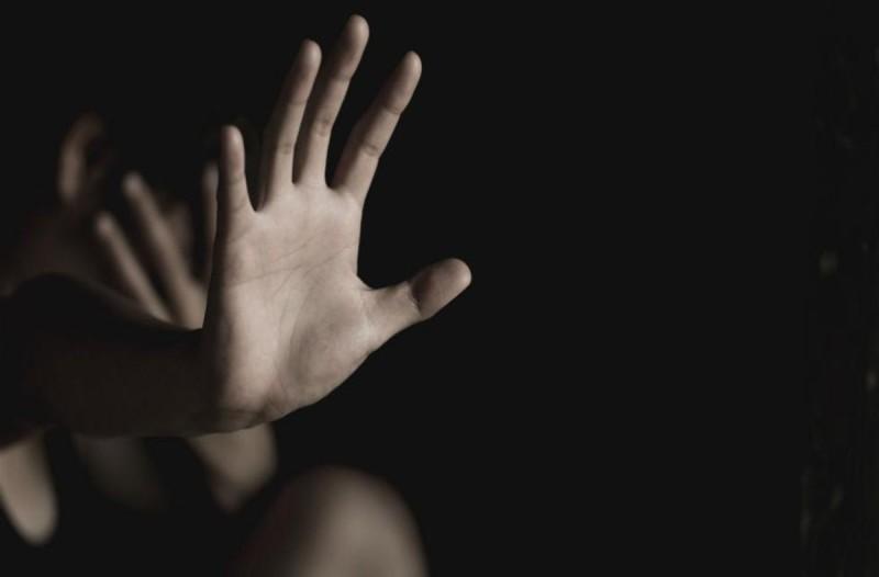 Σοκ στην Χαλκίδα: Άρπαξαν και βίασαν 13χρονη