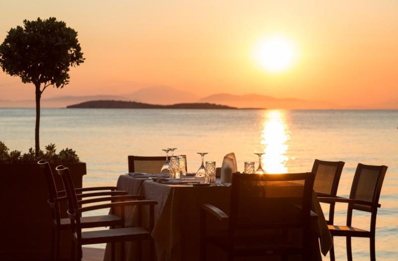 Έναρξη λειτουργίας για το εστιατόριο Mythos by Divani από 26 Ιουνίου