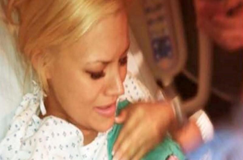 30χρονη έμεινε έγκυος χωρίς να το θέλει - Όταν όμως πήγε να κάνει έκτρωση συνέβη ένα θαύμα...