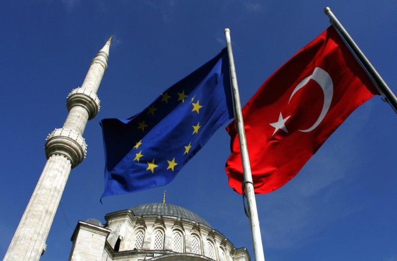 «Χαστούκι» στην Τουρκία από την ΕΕ: «Σεβαστείτε Ελλάδα και Κύπρο - Σταματήστε τις γεωτρήσεις»